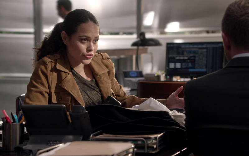 Cisco Telephone in The Rookie S03E08 Bad Blood (2021)