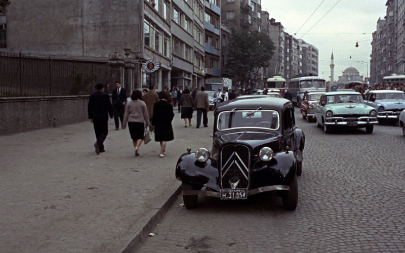 Citroën 11 BL 'Traction Avant' Car in From Russia with Love (1)