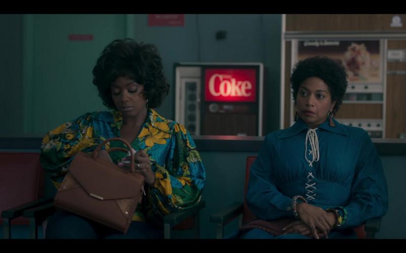 Coca-Cola Coke Vending Machine in Genius Aretha S03E08 No One Sleeps (2021)