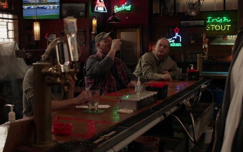 Coors Light Beer Sign in Shameless S11E08 Cancelled (2021)