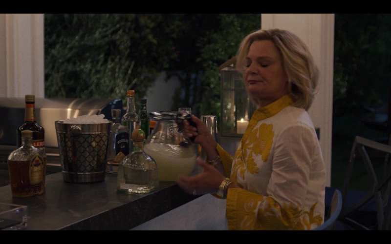 Crown Royal Canadian Whisky, Leroux Liqueur, Boodles British Gin in Generation S01E04 (2021)