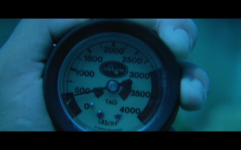 Dacor Depth Gauge in Licence To Kill (1989)