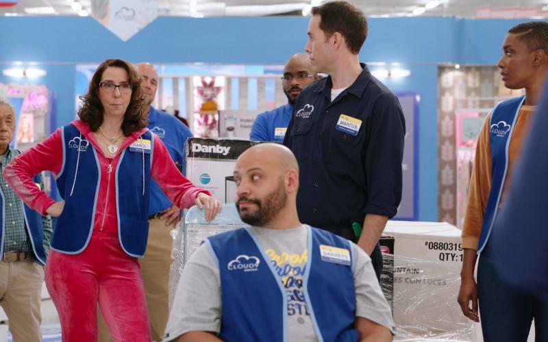 Danby Appliances in Superstore S06E14 Perfect Store (2021)