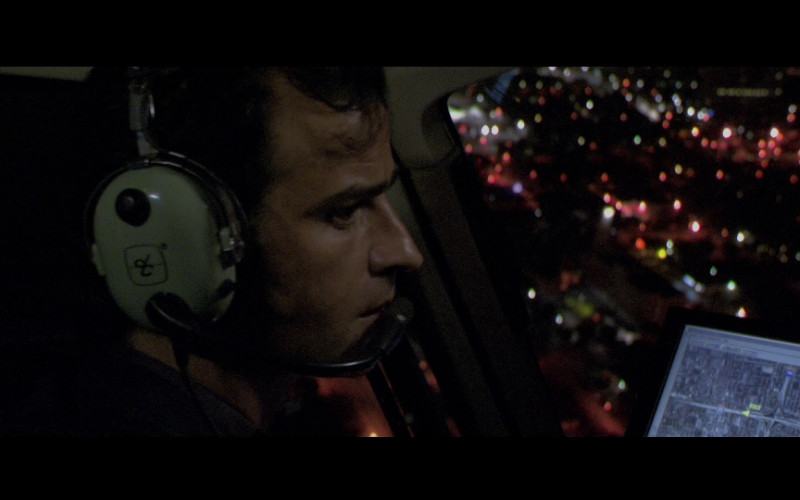 David Clark aviation headset in Miami Vice (2006)