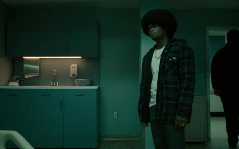 Dickies Plaid Jacket Worn by Isaiah John as Leon Simmons in Snowfall S04E04 TV Series (1)
