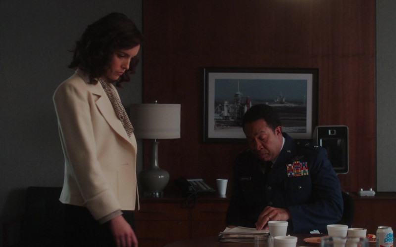 Diet Pepsi Soda Can in For All Mankind S02E06 Best-Laid Plans (2021)
