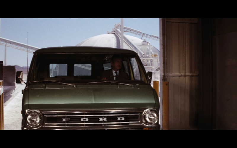 Ford Econoline Car in Diamonds Are Forever (1971)