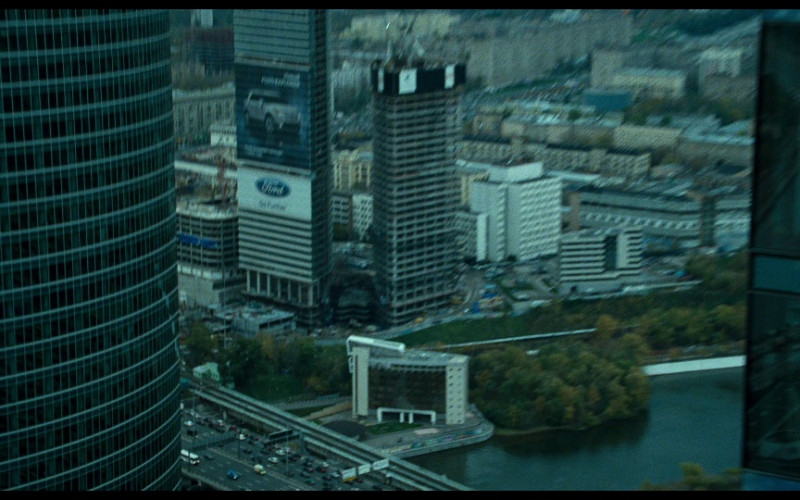 Ford Explorer billboard in A Good Day to Die Hard (2013)