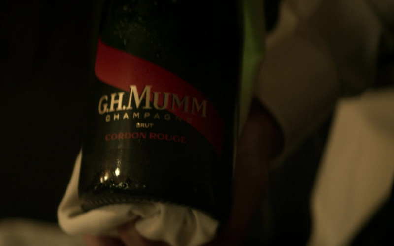 G. H. Mumm Cordon Rouge Brut Champagne in Superman & Lois S01E04 (1)