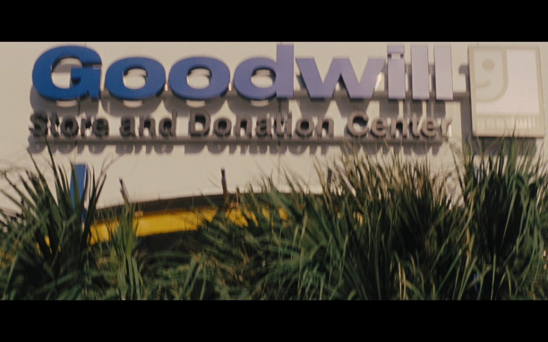 Goodwill Store and Donation Center in Jack Reacher (2012)