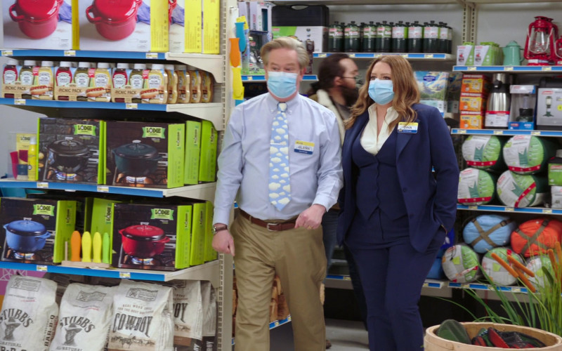 Heinz Sauces, Lodge Cast Iron Cookware in Superstore S06E12 Customer Satisfaction (2021)
