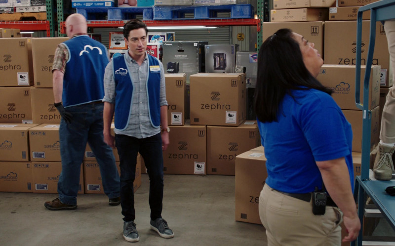 Henry's Hard Soda, Blue Moon Beer, Canon and Epson Printers in Superstore S06E12 Customer Satisfaction (2021)