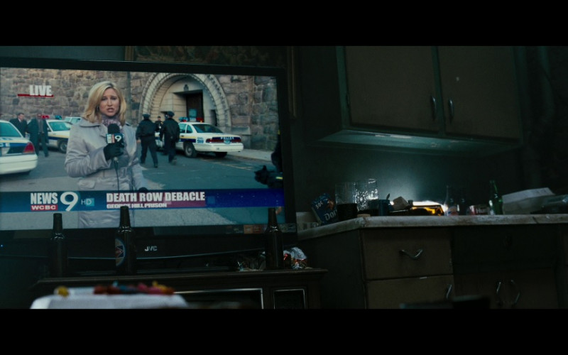 JVC Television and Doritos Chips in Law Abiding Citizen (2009)