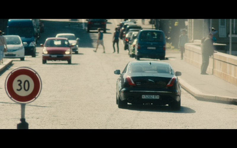 Jaguar XJ L Car in Our Kind of Traitor (1)