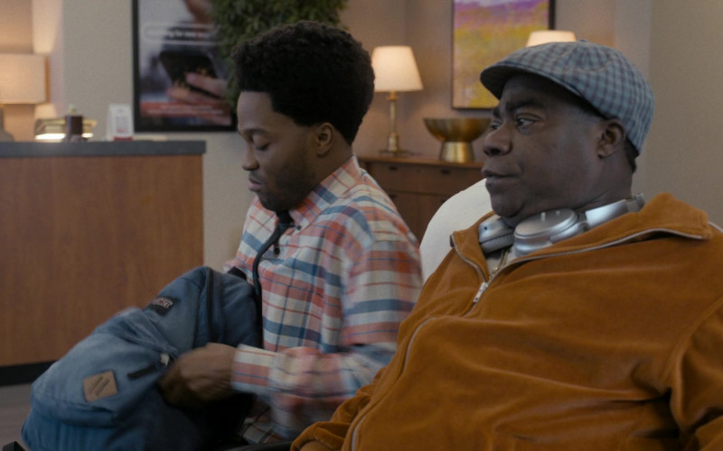 JanSport Backpack of Jermaine Fowler as Lavelle Junson in Coming 2 America (2021)