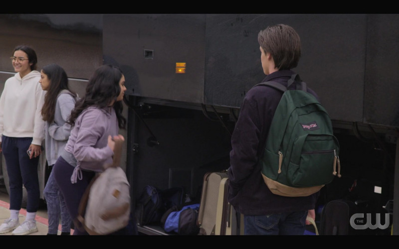 JanSport Green Backpack in Walker S01E07 Tracks (2021)