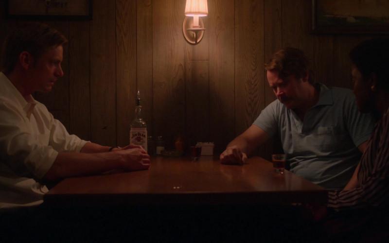Jim Beam Kentucky Straight Bourbon Whiskey in For All Mankind S02E04 (2)