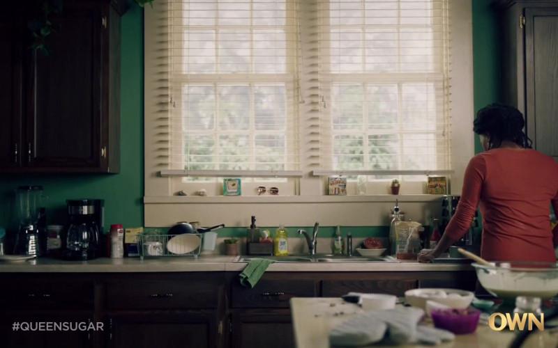 Joy Ultra Dishwashing Liquid in Queen Sugar S05E05 May 19, 2020 (2021)