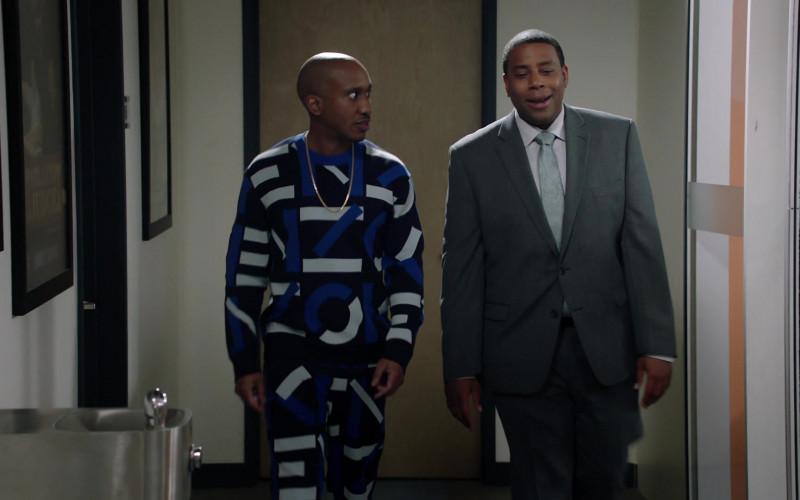 Kenzo Sweatshirt and Sweatpants Suit of Chris Redd as Gary Williams in Kenan S01E04 Flirting (2021)