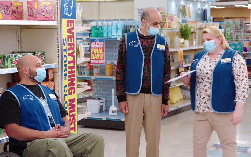 LaCroix, Mountain Dew, A&W Root Beer in Superstore S06E15 All Sales Final (2021)