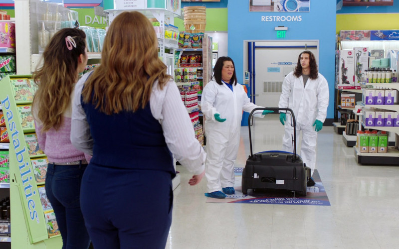 LaCroix, Mountain Dew, Pastabilities in Superstore S06E11 Deep Cleaning (2021)