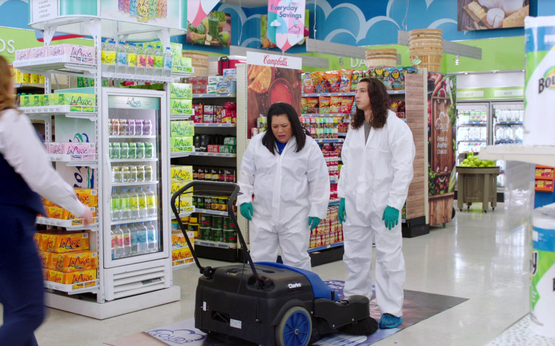 LaCroix Sparkling Water, Campbell's and Bounty Paper Towels in Superstore S06E11 Deep Cleaning (2021)