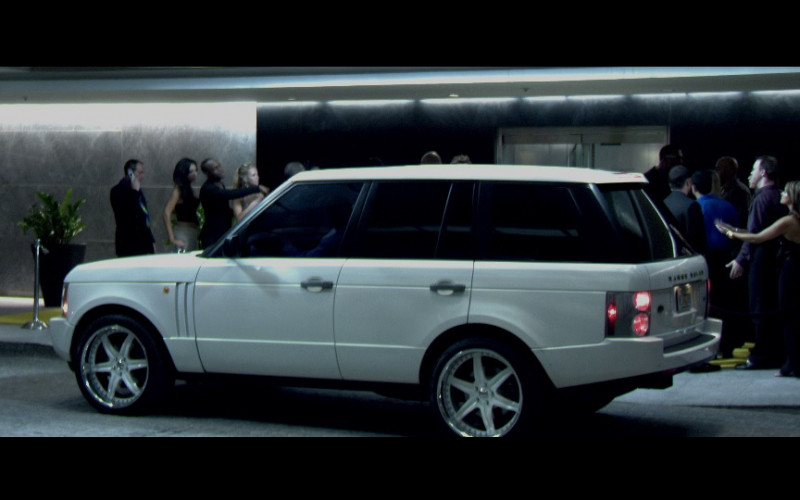Land-Rover Range Rover Series III White SUV in Miami Vice (2006)
