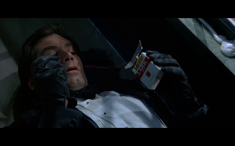 Lark Cigarettes in Licence To Kill (1989)