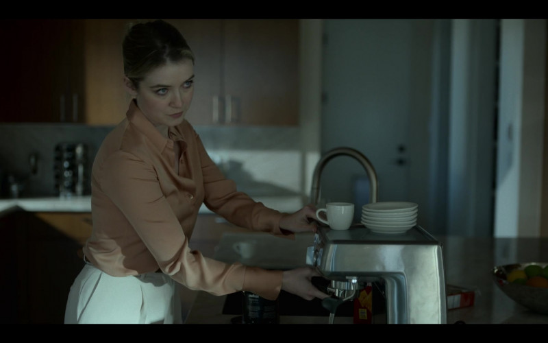 Lavazza Coffee in Mayans M.C. S03E02 The Orneriness of Kings (2021)