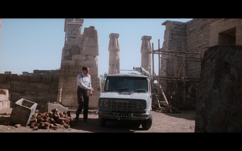 Leyland Sherpa Car in The Spy Who Loved Me (1977)