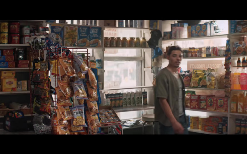 Lipton Tea, Haribo Candies, Utz Chips, Cheez-It and Ritz Crackers in In the Heights (2021)