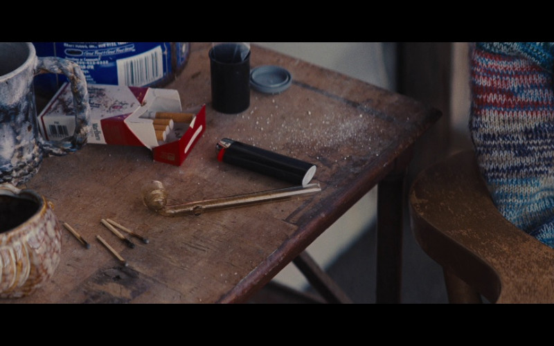 Marlboro Cigarettes in Jack Reacher (2012)