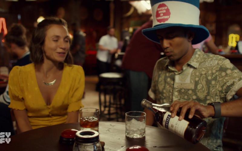 Martell Cognac Enjoyed by Cast Members in Wynonna Earp S04E09 TV Show (1)