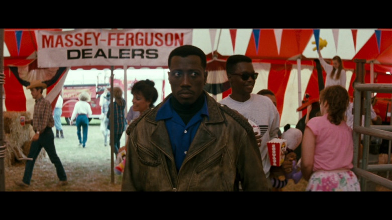 Massey-Ferguson Dealers in Passenger 57 (1992)