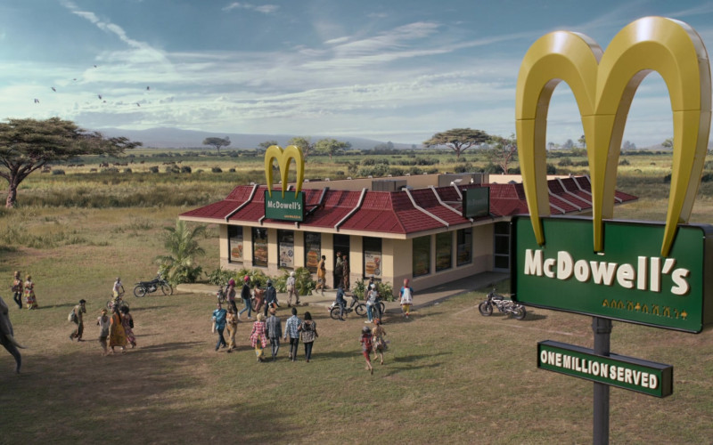 McDowell's Restaurant (McDonald's) in Coming to America 2 Movie (1)