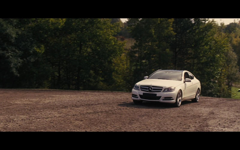 Mercedes-Benz C 250 CDI Coupé White Car in Jack Reacher Movie (1)