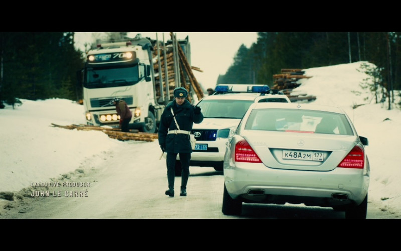 Mercedes-Benz S 350 CDI Car in Our Kind of Traitor (1)