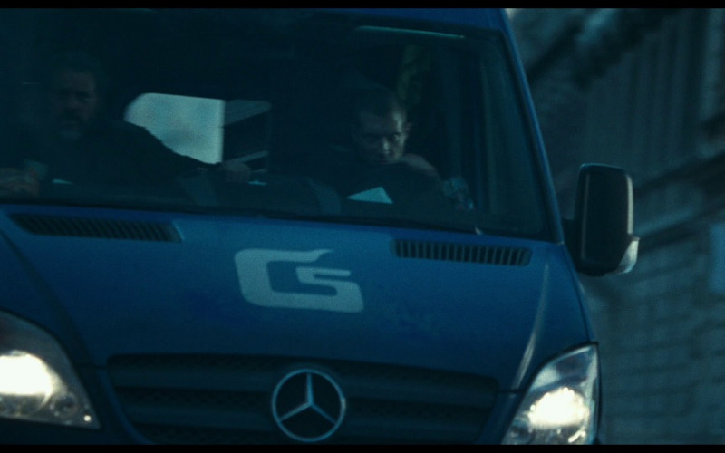 Mercedes-Benz Sprinter Car in A Good Day to Die Hard (2013)