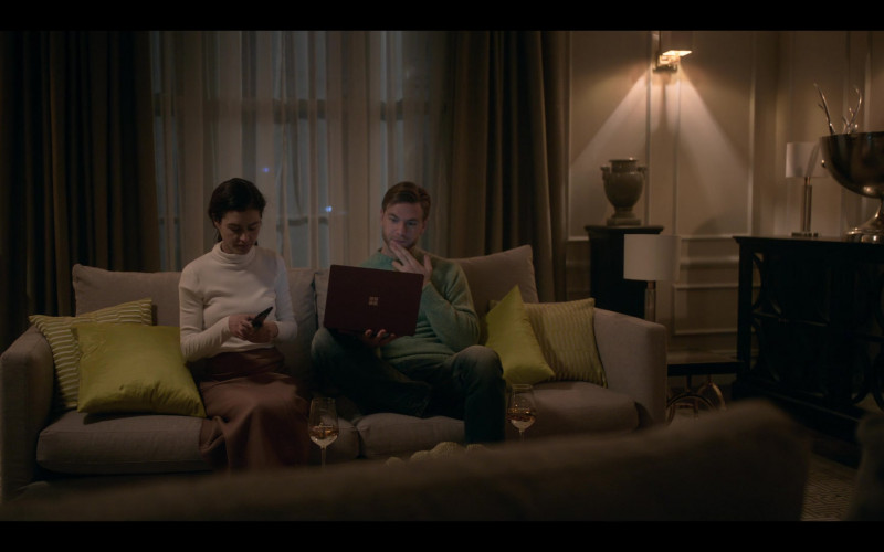 Microsoft Surface Laptop in The One S01E04 (2021)