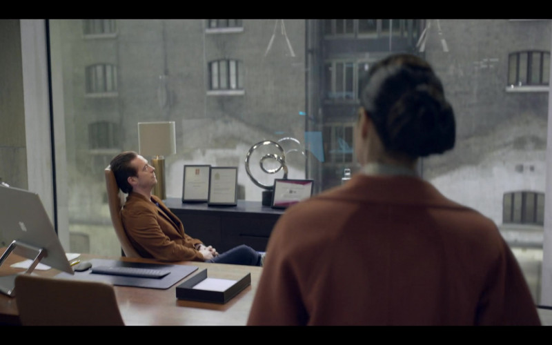 Microsoft Surface Studio Computer in The One S01E01 (2021)