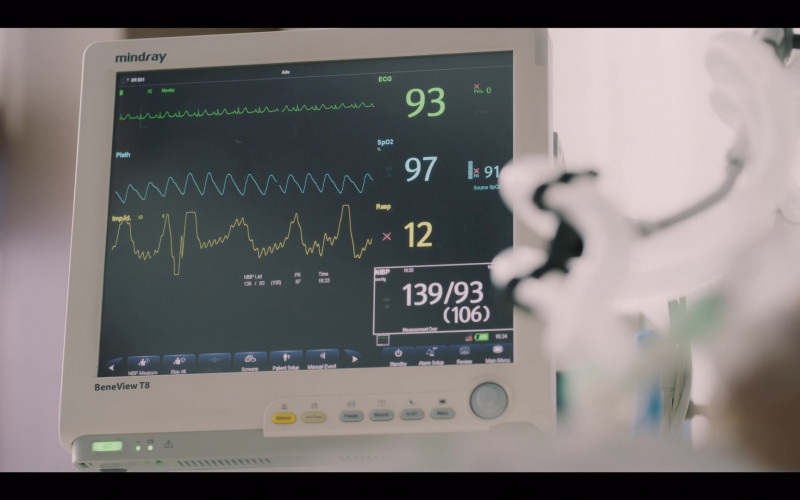 Mindray BeneView T8 Patient Monitor in Vincenzo S01E07 (2021)