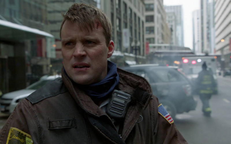 Motorola Radios Used by Cast Members in Chicago Fire S09E09 TV Show (1)
