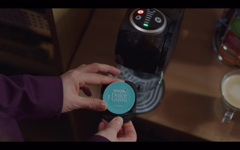 Nescafe Dolce Gusto Coffee Maker and Capsules (Pods) in Vincenzo S01E07 Korean TV Show Product Placement (1)