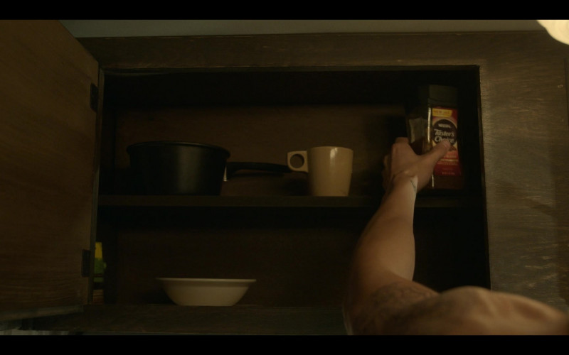 Nescafe Tasters Choice Instant Coffee in Mayans M.C. S03E04 Our Gang's Dark Oath (2021)
