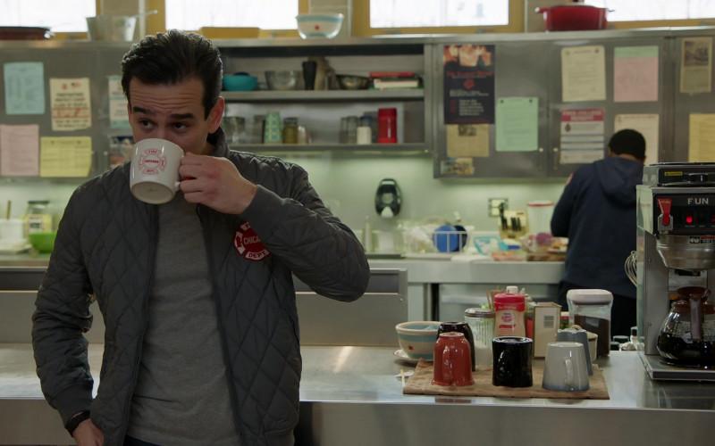 Nestlé Coffee-Mate coffee whitener lactose-free creamer in Chicago Fire S09E08