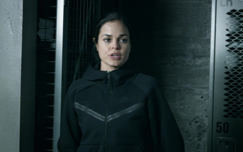 Nike Women's Hooded Jacket of Lina Esco as Officer III Christina Alonso in S.W.A.T. S04E10 Buried (2021)