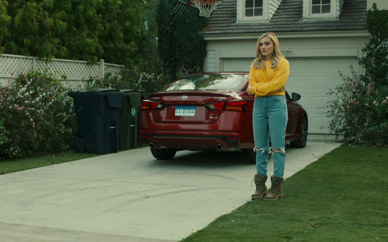 Nissan Altima Red Car in American Housewife S05E12 How Oliver Got His Groove Back (2021)