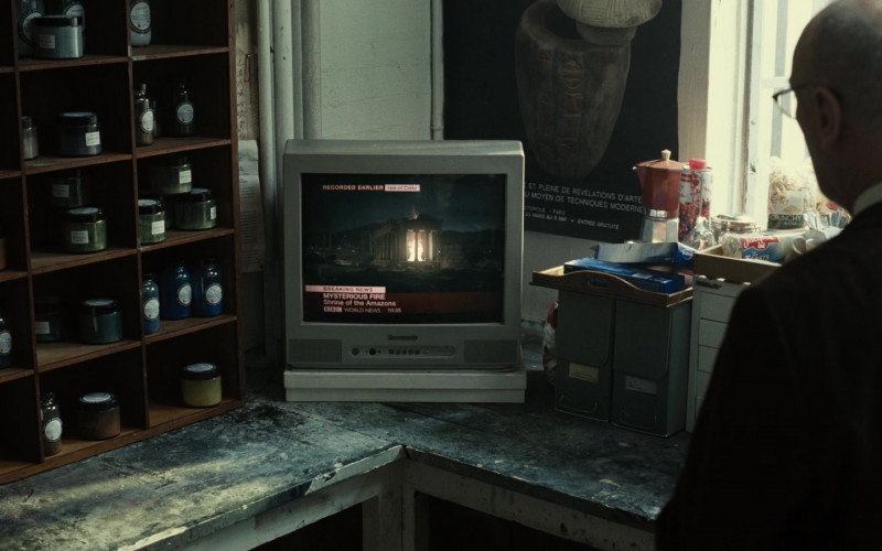 Panasonic TV in Zack Snyder's Justice League (2021)