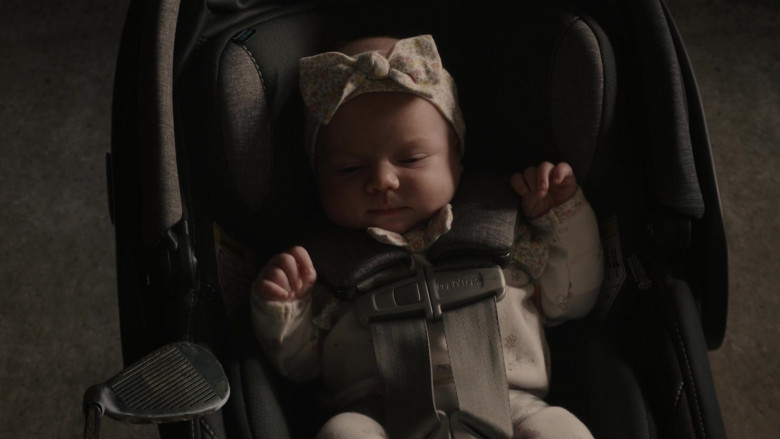 Peg Perego Stroller in This Is Us S05E10 I've Got This (2021)