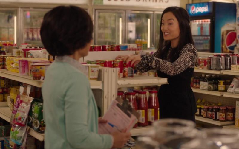 Pepsi Beverage Refrigerator in Kim's Convenience S05E11 (1)